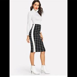 "Dresses & Skirts - Gorgeous, fitted ""grid"" style skirt. Killer!"